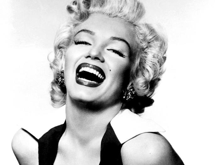Marilyn-marilyn-monroe-
