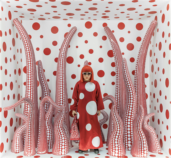 yayoi-kusama-louis-vuitton-shop-window-display-with-tentacles